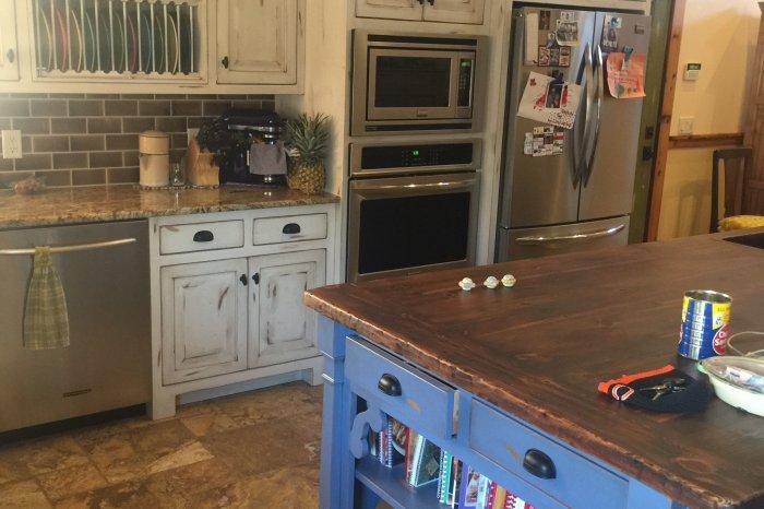 Kitchen Cabinets 1525